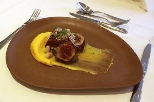 Entre os pratos principais preparados para o festival, hóspedes e clientes podem experimentar o Filé Suíno