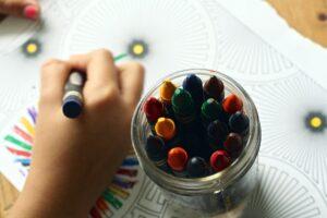 Brinquedos educativos ajudam no desenvolvimento das crianças