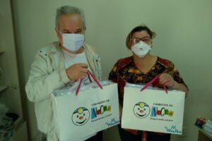 Cirurgiões da Alegria entregam máscaras para Hospital Humanitária de Limeira