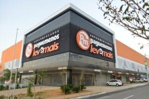 Supermercados Pague Menos anuncia vagas de empregos